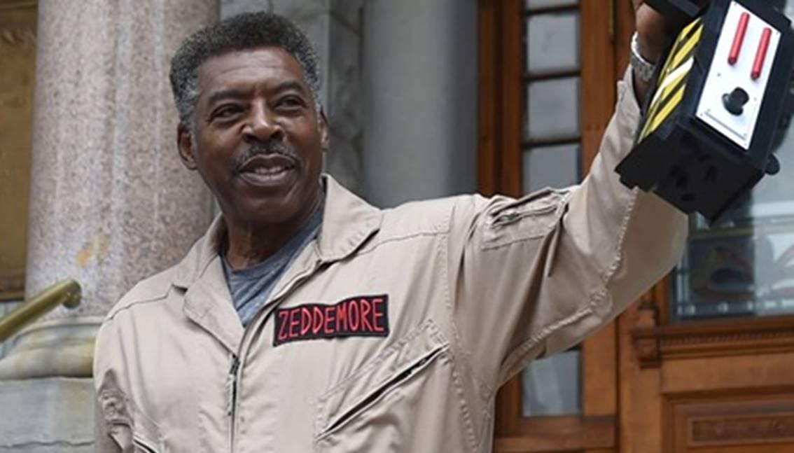 Ernie Hudson, cattura Slimer al Syracuse City (New York)