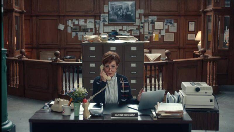 Annie Potts torna nel ruolo di Janine di Ghostbusters per lo spot di QuickBooks
